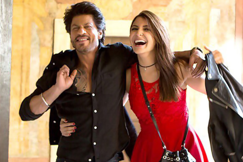 shahrukh and anushka pic from jab harry met sejal